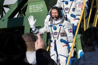 Hallo Spaceboy: Pet Shop Boys Fan Tim Peake Becomes First Brit To Walk In Space — See The Duo's Message To Him