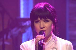 """Watch Carly Rae Jepsen Peform """"Run Away With Me"""" & """"Your Type"""" On 'Late Night'"""