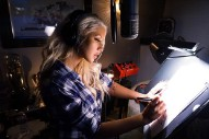 Christina Aguilera Returns To The Studio