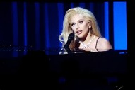 """Lady Gaga Performs """"Til It Happens To You"""" At 2016 PGA Awards: Watch"""