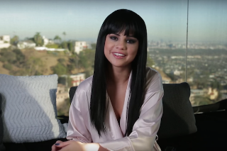 "Selena Gomez Goes Behind The Scenes Of ""Hands To Myself"" Video: Watch"