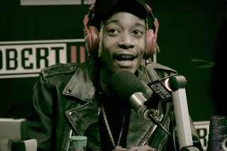 "Wiz Khalifa's Freestyle Over Adele's ""Hello"" Is An Ode To Weed (Duh): Listen"