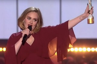 Watch Adele Announce Support For Kesha Live At The 2016 Brit Awards