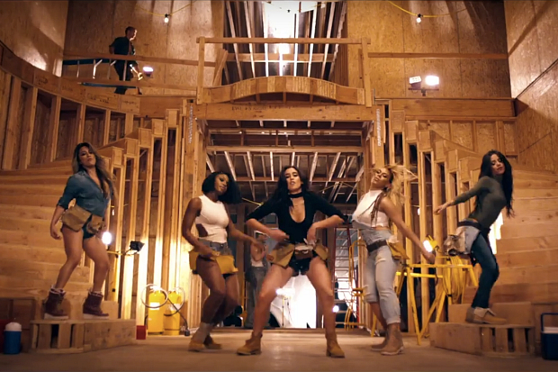 Fifth-Harmony-Work-From-Home-music-video-727.jpg