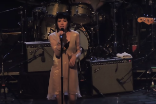 Carly Rae Jepsen, Courtney Love & More Cover Fleetwood Mac At Tribute Fest: Watch