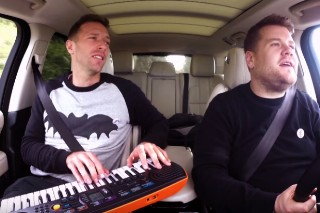 "Coldplay's Chris Martin Covers David Bowie's ""Heroes"" For Carpool Karaoke: Watch"