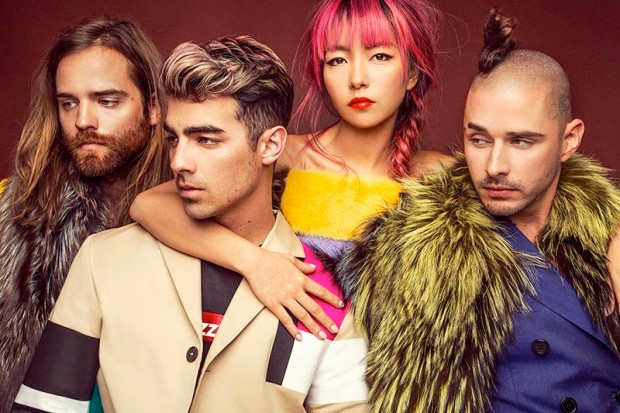 dnce-schon-magazine-2016-photo