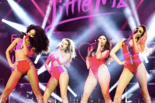 """Little Mix Cover Beyonce, Justin Bieber And, Of Course, """"Hotline Bling"""" On Tour: Watch"""