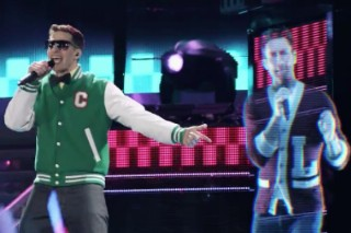 Watch Carrie Underwood, Usher, Simon Cowell & An Adam Levine Hologram In The 'Popstar' Trailer