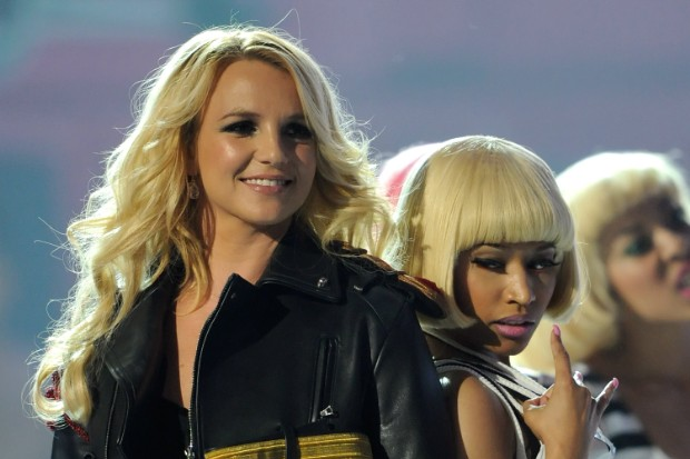 britney spears nicki minaj 2011 Billboard Music Awards