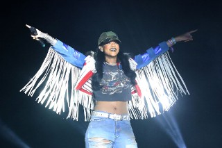 "Rihanna Joined Calvin Harris At Coachella For ""We Found Love"": Watch"