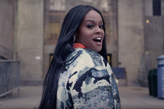 "Azealia Banks Pays Homage To NYC In ""The Big Big Beat"" Video: Watch"
