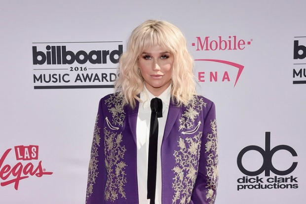 Kesha-2016-Billboard-Music-Awards