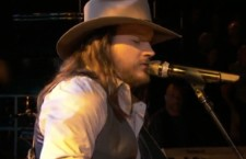 'The Voice': Adam Wakefield Premieres Original Song