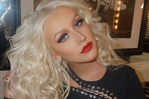 Christina Aguilera Raises Awareness About Domestic Violence With Verizon's HopeLine Program
