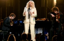 Kesha Performs