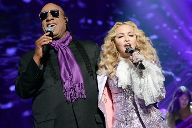 madonna-prince-tribute-stevie-wonder-billboard-music-awards-2016