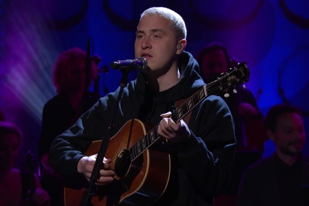 mike-posner-conan-performance
