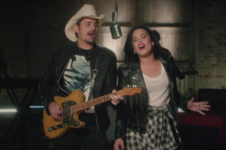 """Demi Lovato And Brad Paisley Jam Out Together In New """"Without A Fight"""" Video: Watch"""