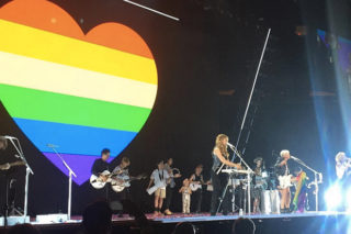 """Watch Dixie Chicks Honor Orlando Victims With Ben Harper """"Better Way"""" Cover In NYC"""