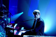 "James Blake Mesmerizes With ""Radio Silence"" Performance On 'Jools Holland': Watch"