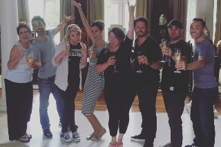 Kelly Clarkson Signs To Atlantic Records