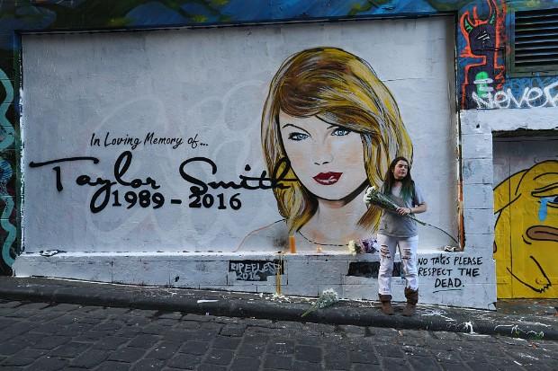 taylor swift rip mural australia