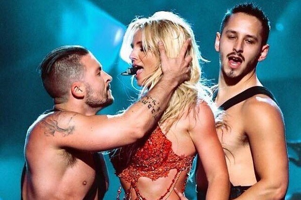 britney-spears-live