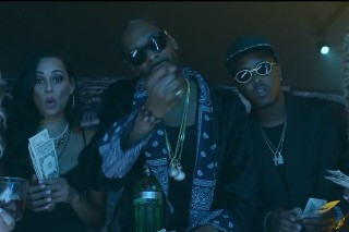 """Snoop Dogg And Jeremih Party It Up In New """"Point Seen Money Gone"""" Video: Watch"""