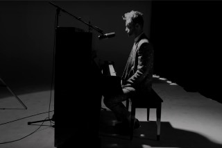 """Wrabel Yanks At Our Heartstrings With """"11 Blocks"""" Live Video"""