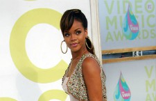 Rihanna's MTV VMAs Style Evolution Since 2005: Photos