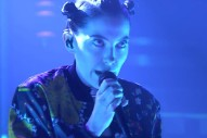 """Bishop Briggs Gloriously Belts """"River"""" On The 'Tonight Show': Watch"""