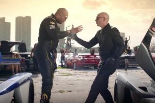 "Pitbull Announces New Album 'Climate Change', Premieres ""Greenlight"" Video: Watch"