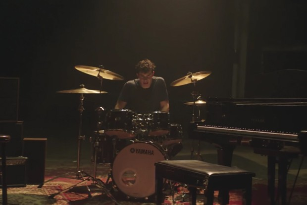 Shawn-Mendes-Mercy-Video