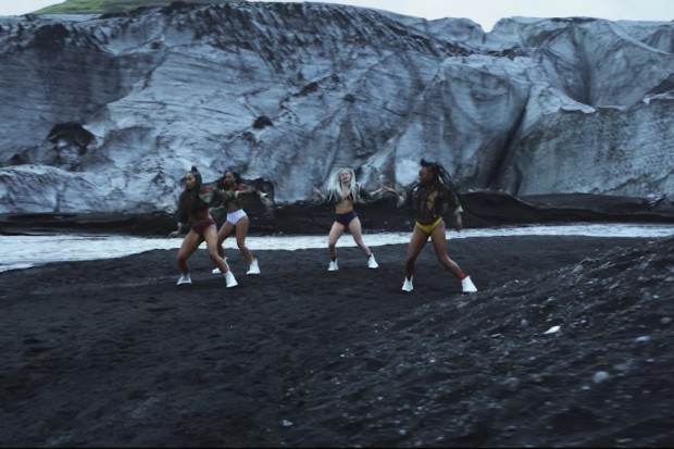 major-lazer-cold-water-dance-video