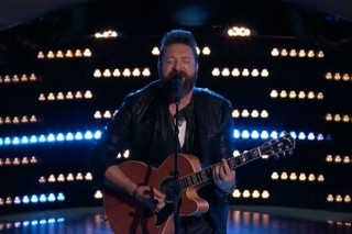 """'The Voice': Returning Contestant Nolan Neal Turns Four Chairs With """"Tiny Dancer"""""""