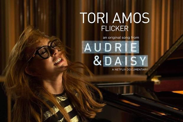 tori-amos-flicker
