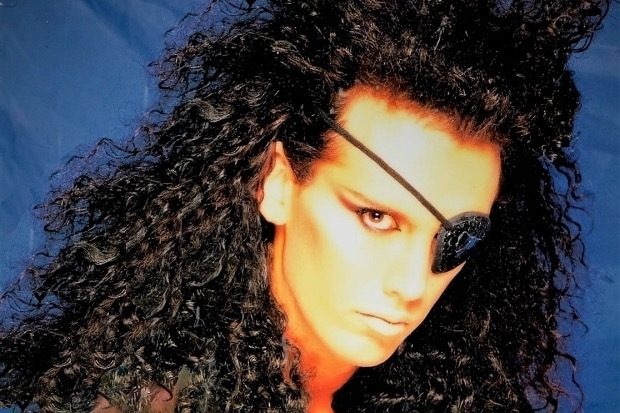 dead-or-alive-pete-burns-1980s