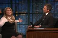 Kelly Clarkson Talks Awkward First Encounter With President Obama On 'Seth Meyers': Watch