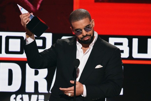 drake-amas-2016-american-music-awards