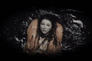 """Kate Bush's Live """"And Dream Of Sheep"""" Video Is Perfect Monday Viewing: Watch"""