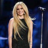 Avril Lavigne Defends Nickelback