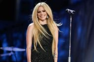 Avril Lavigne To Facebook CEO Mark Zuckerberg: Stop Bullying Nickelback