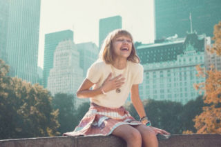 """Grace VanderWaal's 'Perfectly Imperfect' EP Flies Up iTunes Chart: Watch """"Clay"""" Lyric Video"""