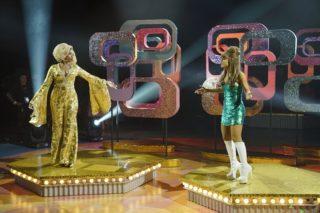 "Jennifer Hudson & Ariana Grande Do ""Come So Far (Got So Far To Go)"" For 'Hairspray': Watch"