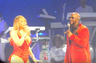 "Watch Mariah Carey & R. Kelly Cover ""The Christmas Song"""