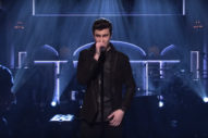 "Shawn Mendes Performs ""Mercy"" And ""Treat You Better"" On 'Saturday Night Live': Watch"