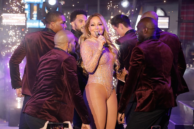 Mariah Carey New Year's Eve 2017 In Times Square