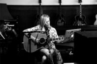 Sheryl Crow Will Return To Her '90s Pop Roots On New LP 'Be Myself'