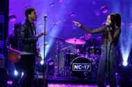 "Noah Cyrus & Labrinth Bring ""Make Me (Cry)"" To 'The Ellen Show'"